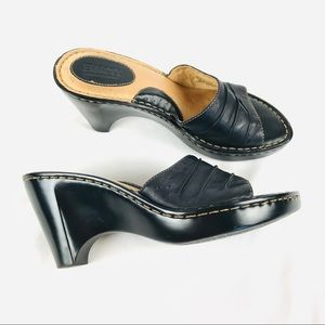 LIKE NEW Born heeled leather slide sandals